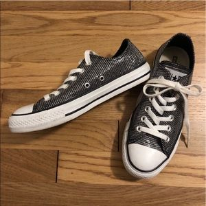 Low Top Silver Thread